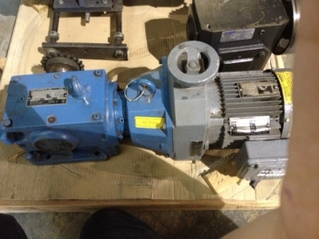 SEW-EURODRIVE Motor with Gearbox-1